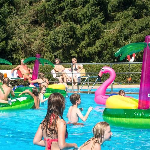 Schwimmbadfest1