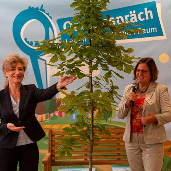Thüringens Ministerin für Infrastruktur, Birgit Keller, zu Gast in Gerstungen